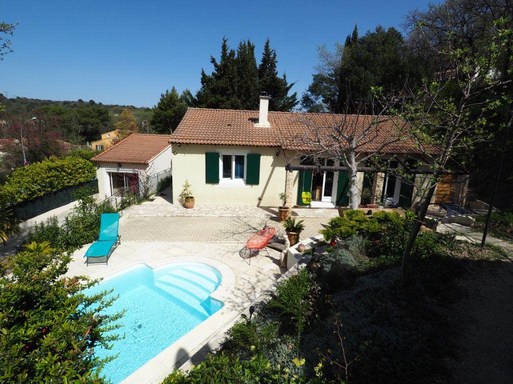 Maison à vendre 6 136.11m2 à Mondragon vignette-1