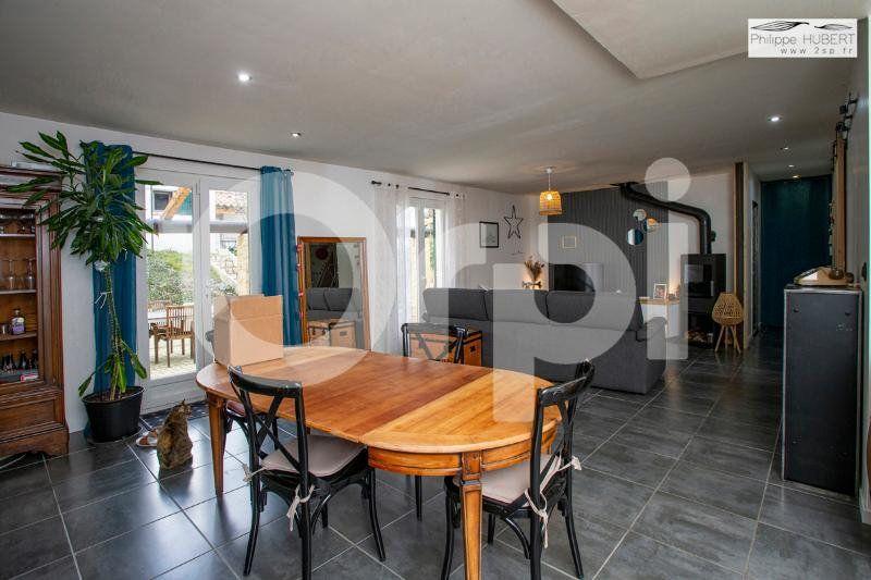 Maison à vendre 6 136.11m2 à Mondragon vignette-7