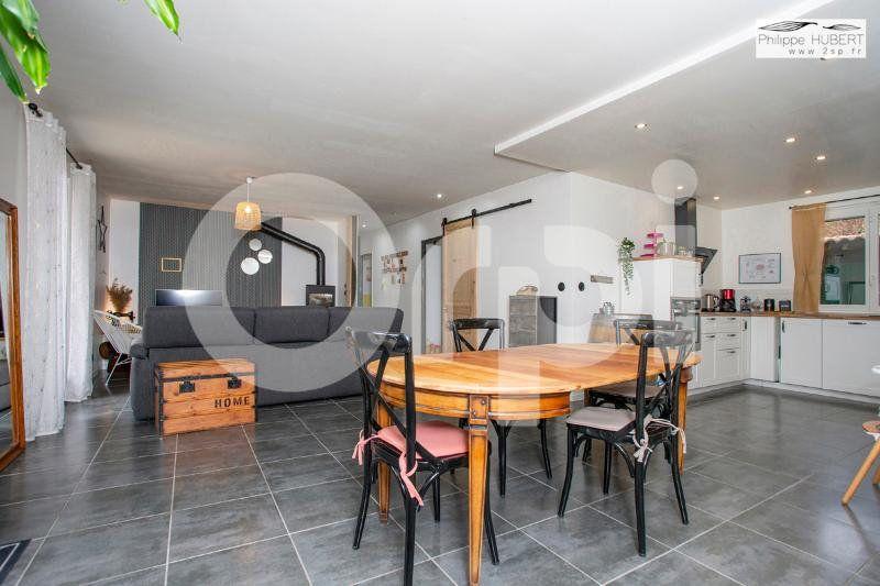 Maison à vendre 6 136.11m2 à Mondragon vignette-9