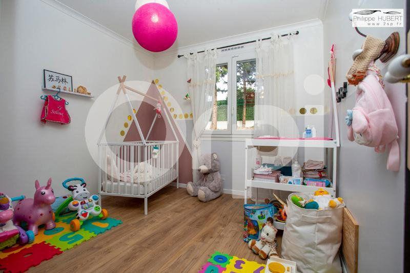 Maison à vendre 6 136.11m2 à Mondragon vignette-11