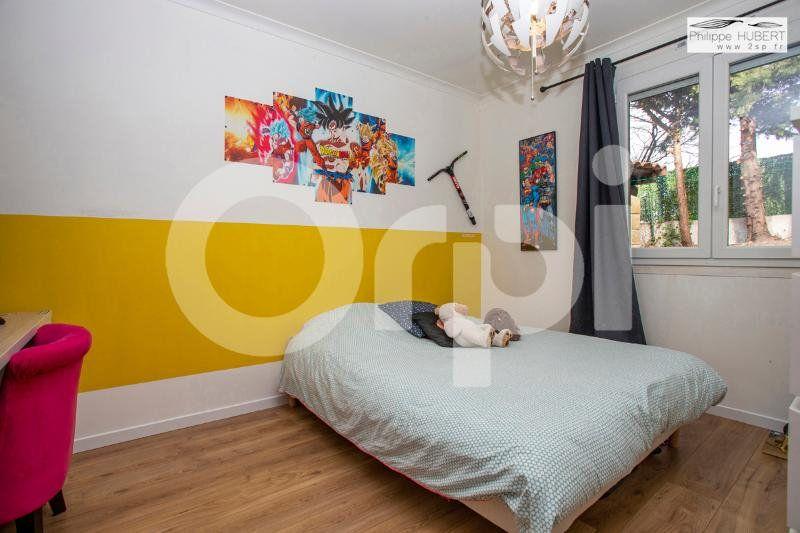 Maison à vendre 6 136.11m2 à Mondragon vignette-12
