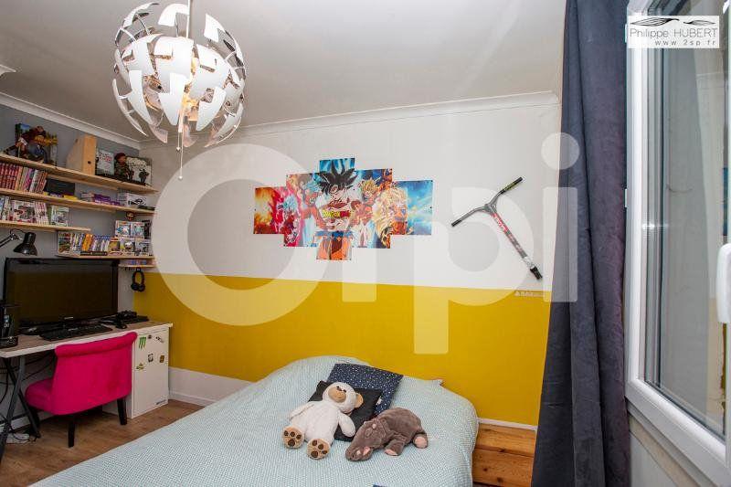 Maison à vendre 6 136.11m2 à Mondragon vignette-13