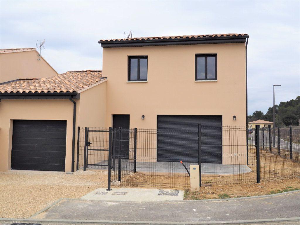 Maison à louer 6 116.02m2 à Bollène vignette-2