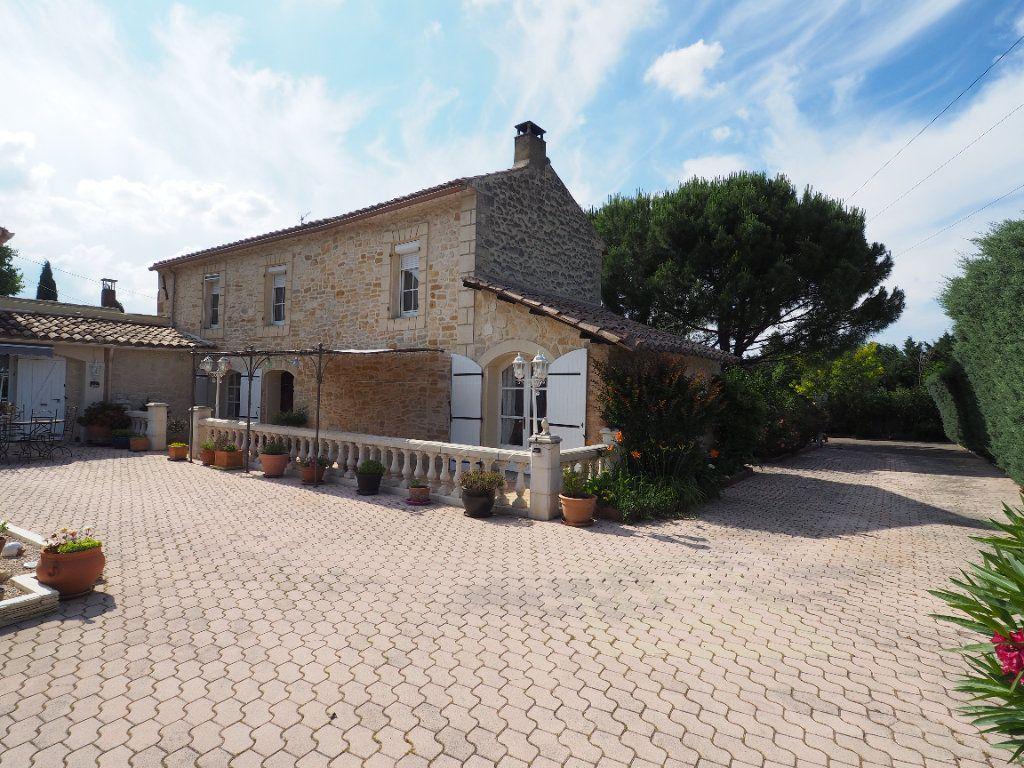 Maison à vendre 5 180m2 à Bollène vignette-5