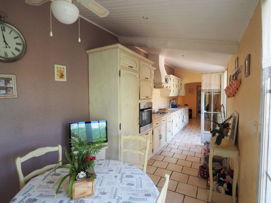 Maison à vendre 5 180m2 à Bollène vignette-7