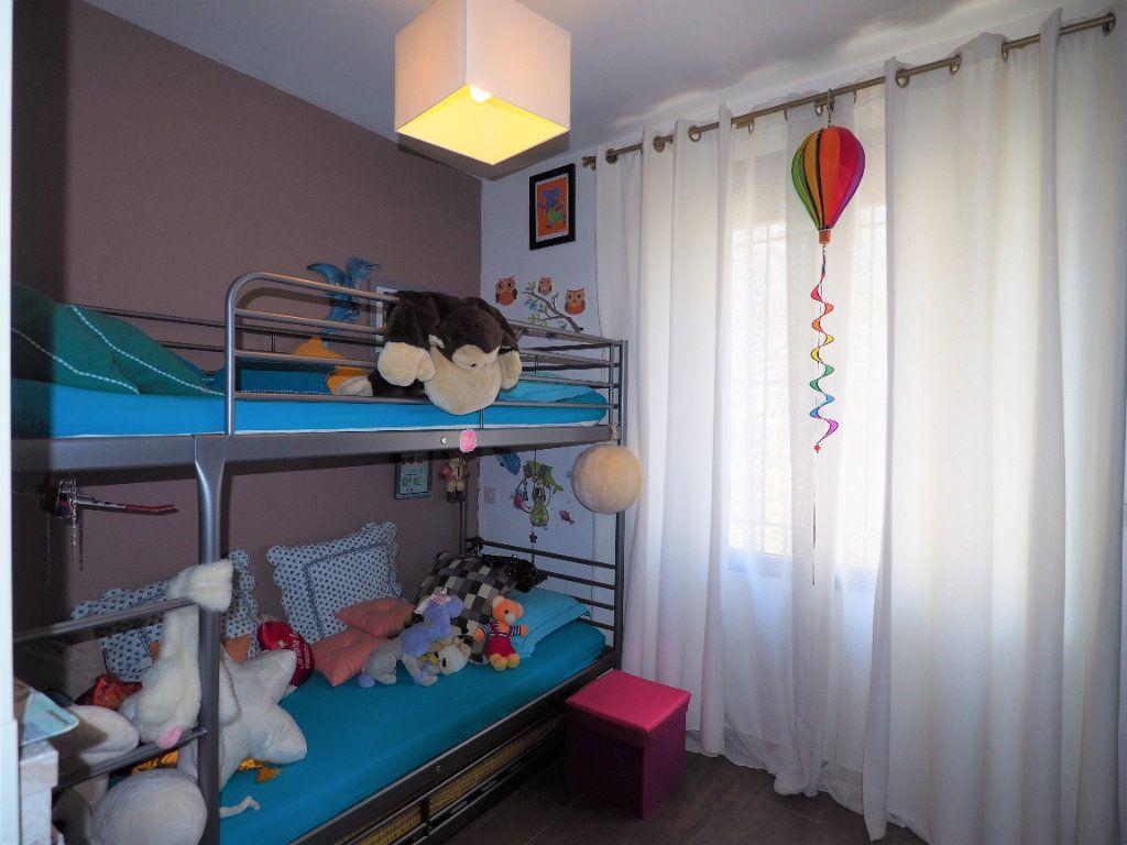 Maison à vendre 8 183.25m2 à Bollène vignette-14