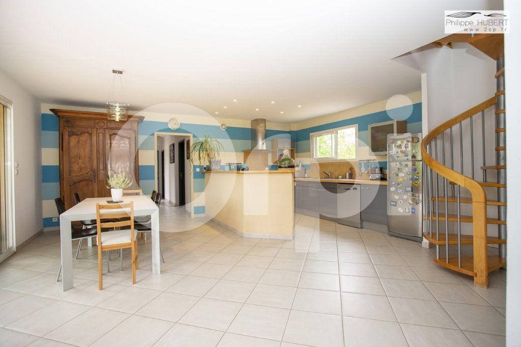 Maison à vendre 6 140.5m2 à Bollène vignette-8