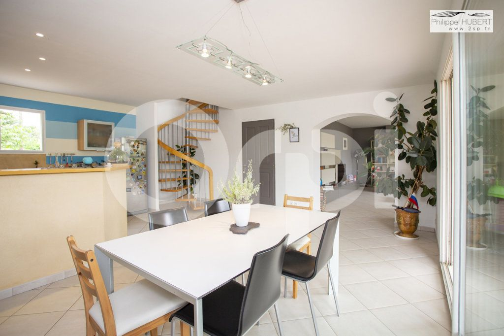 Maison à vendre 6 140.5m2 à Bollène vignette-9