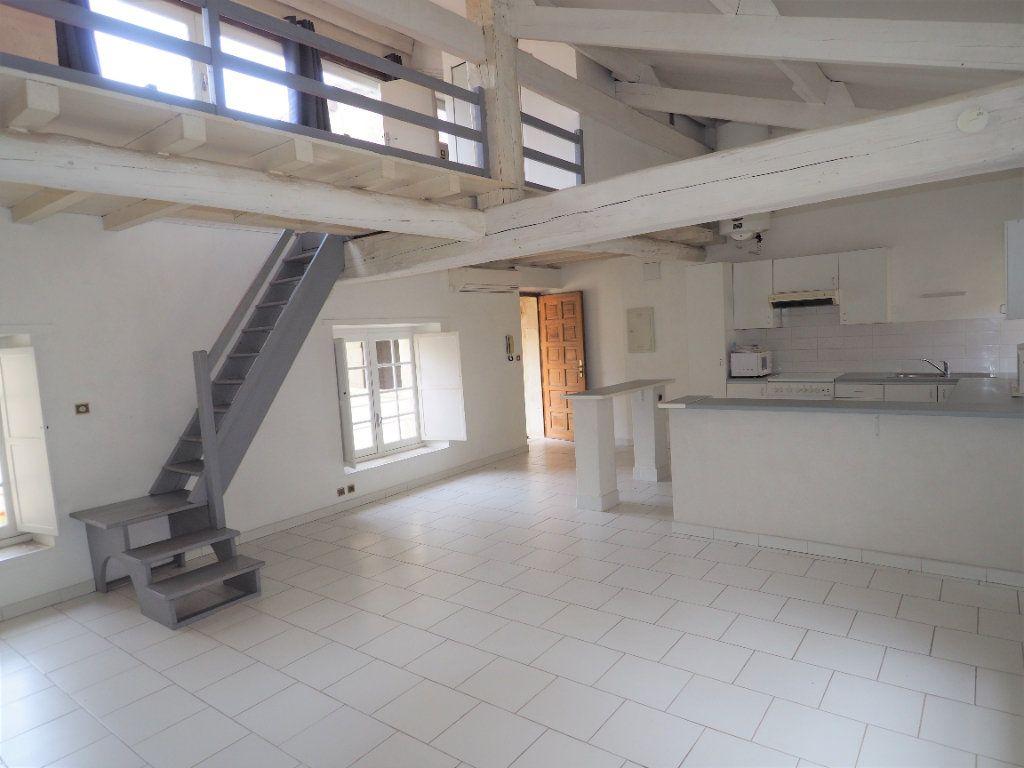 Appartement à louer 2 45m2 à Bollène vignette-1