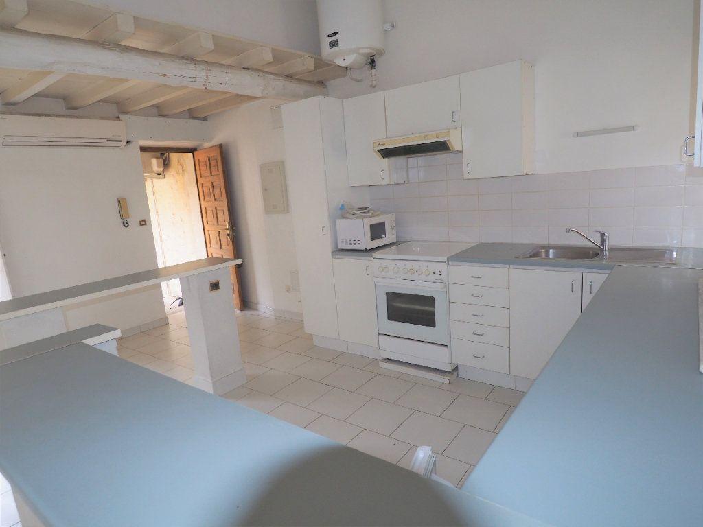 Appartement à louer 2 45m2 à Bollène vignette-5