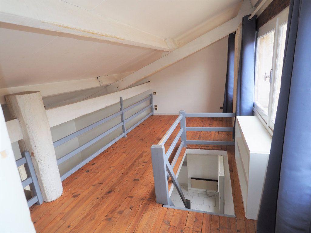 Appartement à louer 2 45m2 à Bollène vignette-8