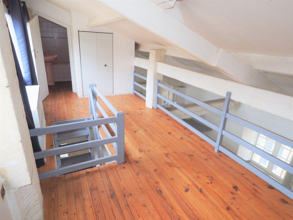 Appartement à louer 2 45m2 à Bollène vignette-9