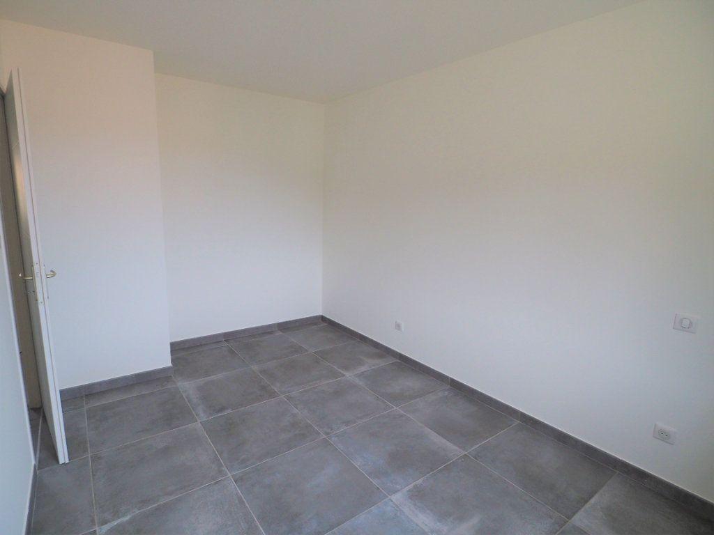 Maison à louer 6 116.02m2 à Bollène vignette-15