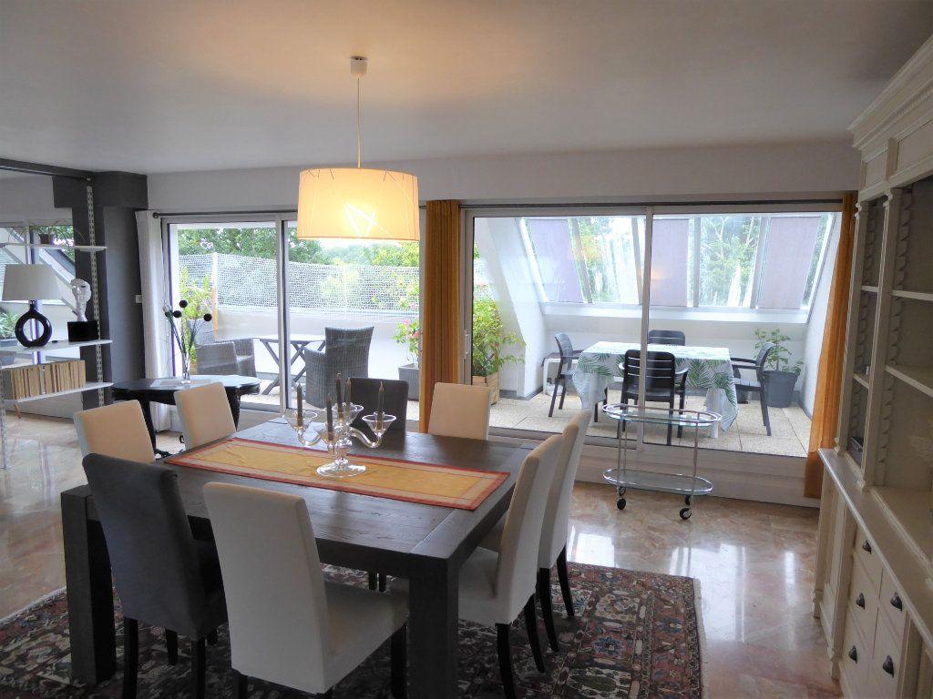 Appartement à vendre 5 215m2 à Quimper vignette-2