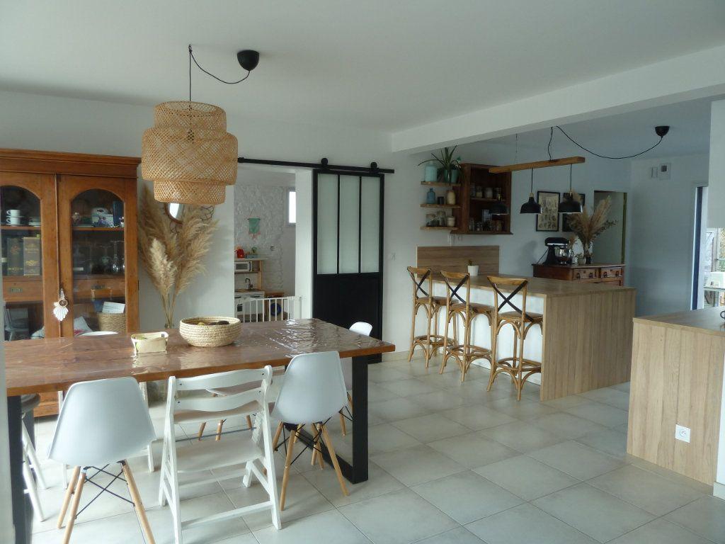 Maison à vendre 6 144m2 à Quimper vignette-2