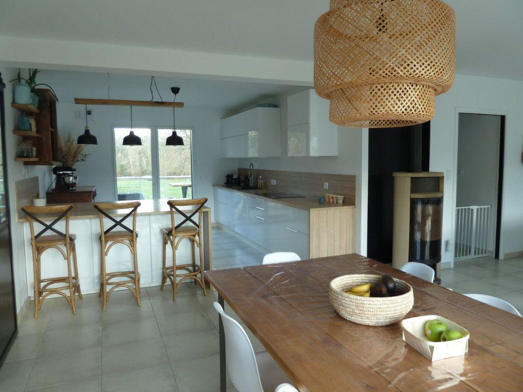 Maison à vendre 6 144m2 à Quimper vignette-3