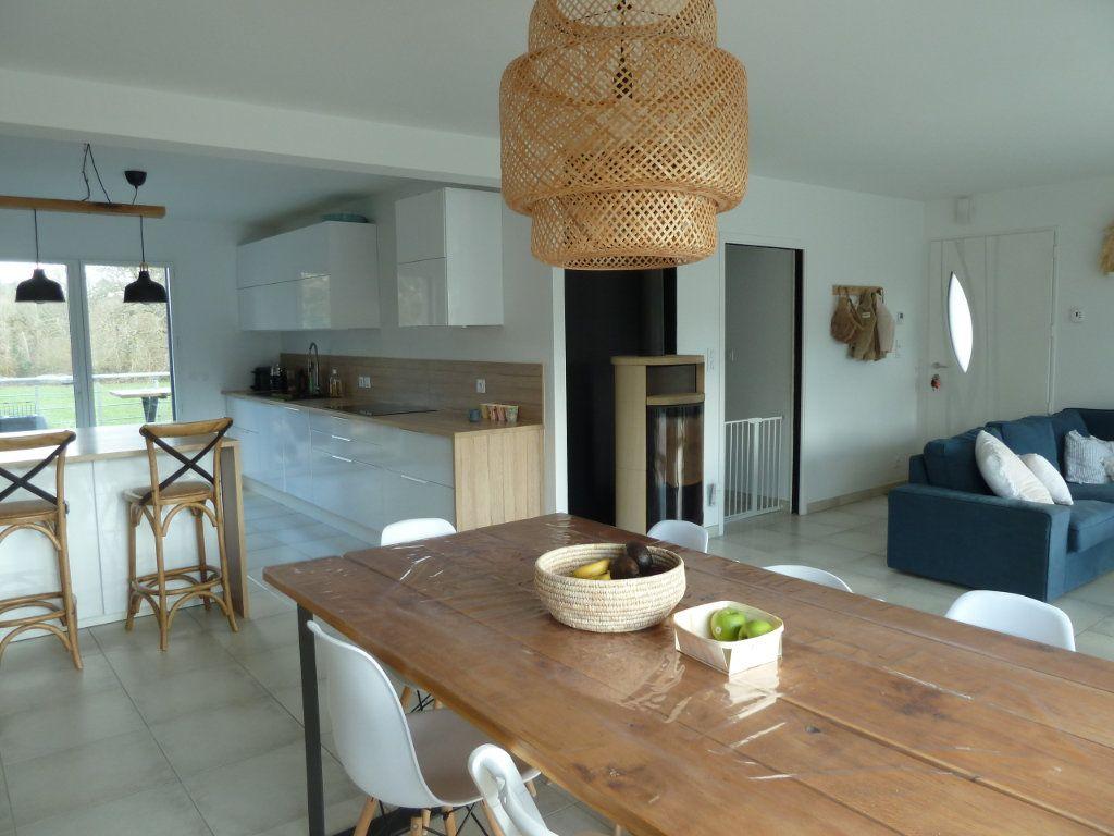 Maison à vendre 6 144m2 à Quimper vignette-5