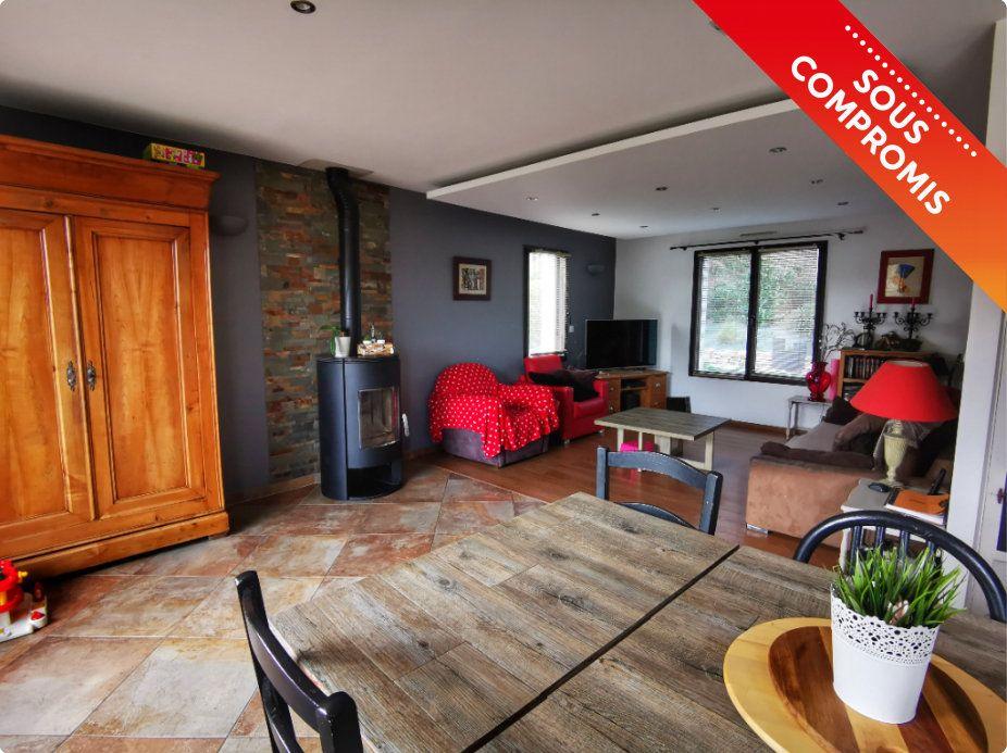 Maison à vendre 8 187m2 à Plomelin vignette-1