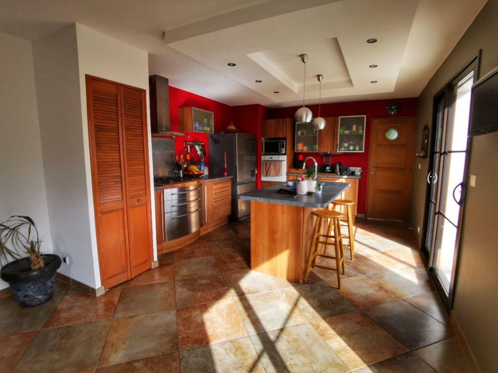 Maison à vendre 8 187m2 à Plomelin vignette-2