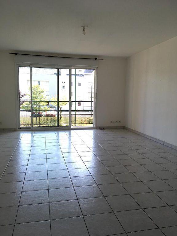 Appartement à louer 3 72.34m2 à Quimper vignette-3