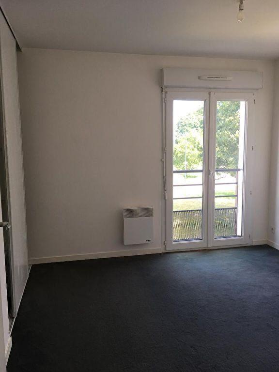 Appartement à louer 3 72.34m2 à Quimper vignette-4