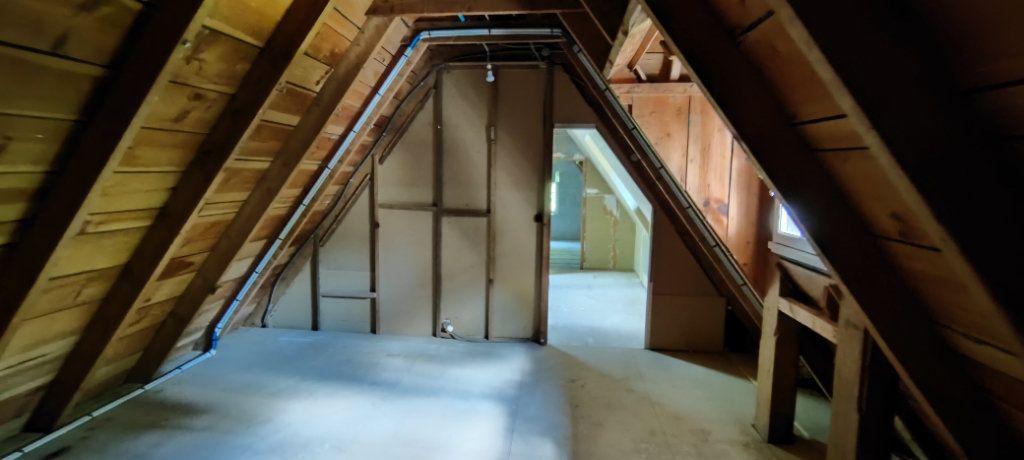 Maison à vendre 5 256.86m2 à Pluguffan vignette-8