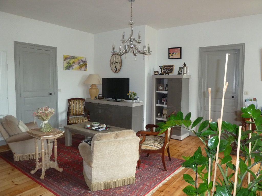 Appartement à vendre 4 89m2 à Quimper vignette-3