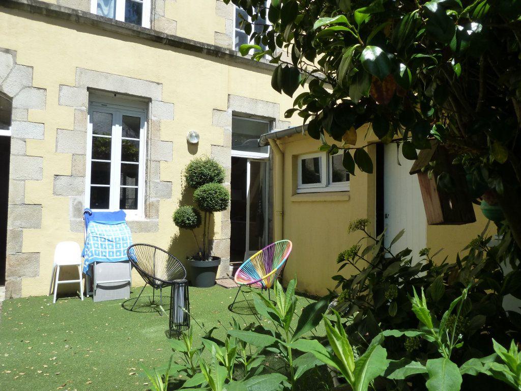 Appartement à vendre 5 100m2 à Quimper vignette-1
