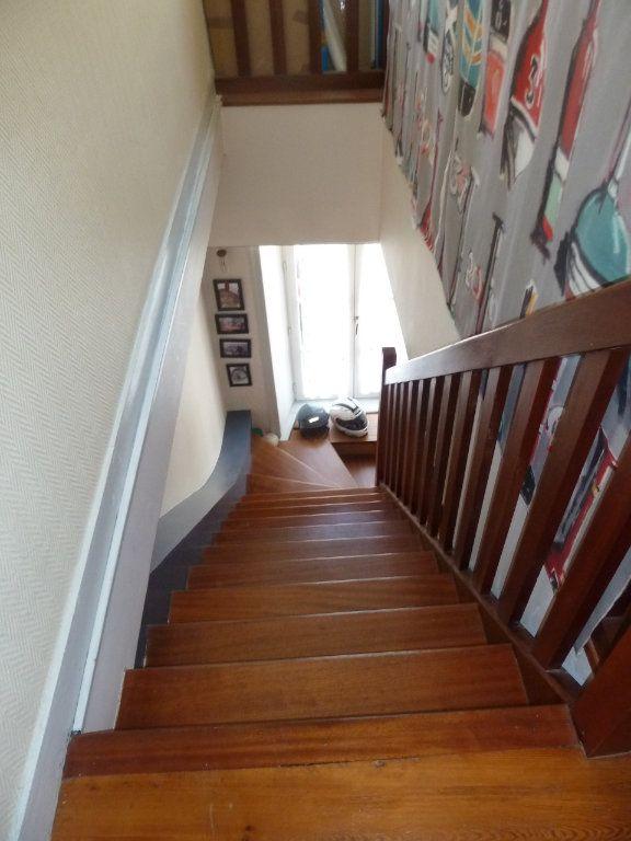Appartement à vendre 5 100m2 à Quimper vignette-7