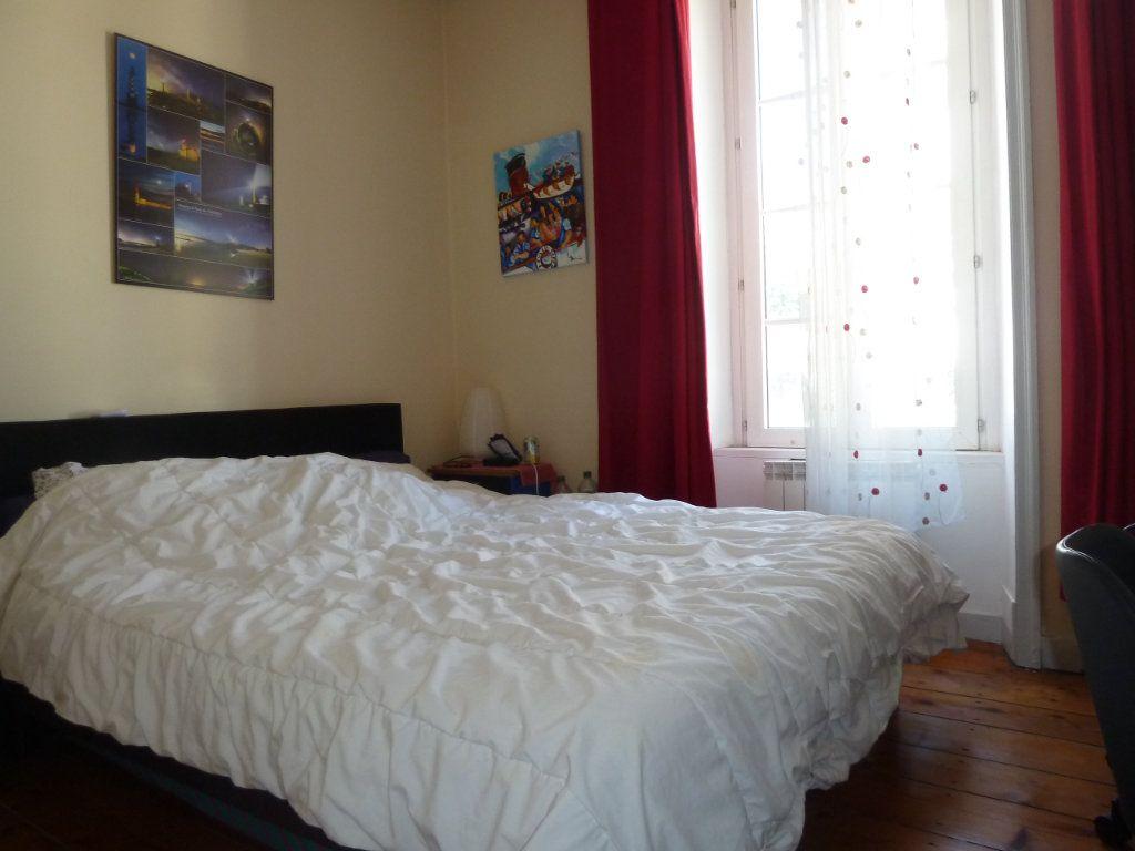 Appartement à vendre 5 100m2 à Quimper vignette-8