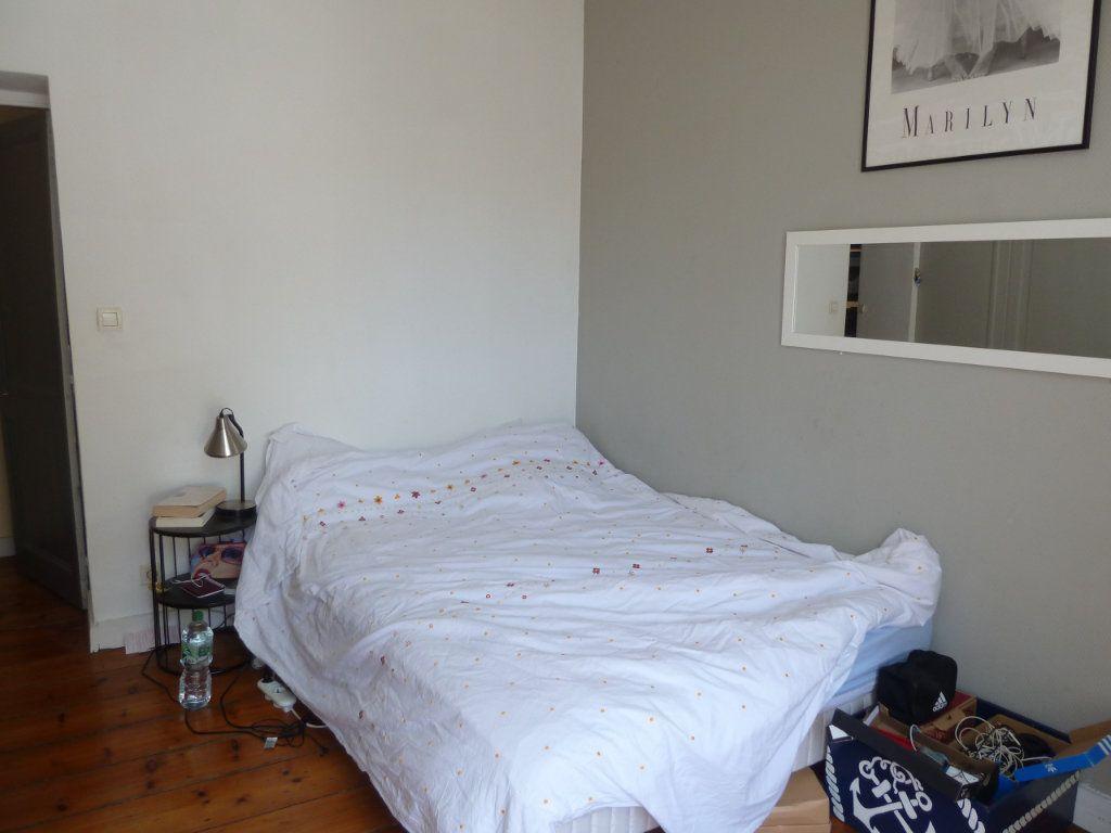 Appartement à vendre 5 100m2 à Quimper vignette-9