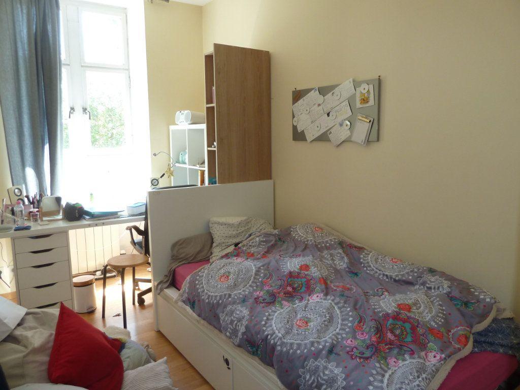 Appartement à vendre 5 100m2 à Quimper vignette-10