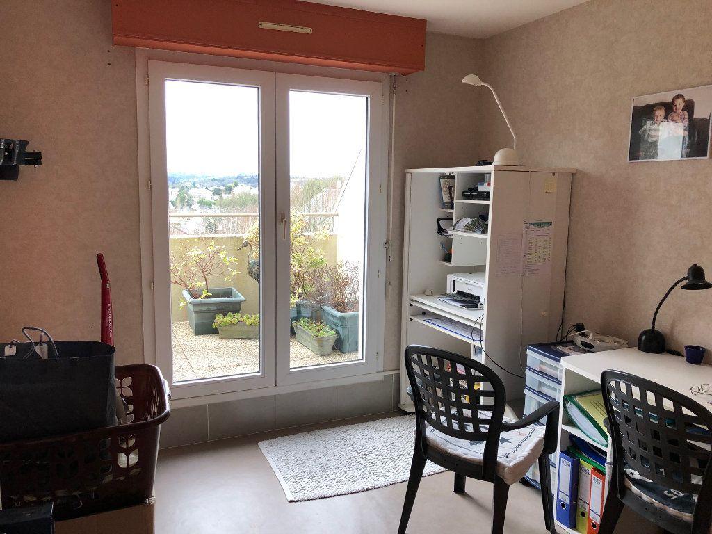 Appartement à louer 5 88m2 à Quimper vignette-2