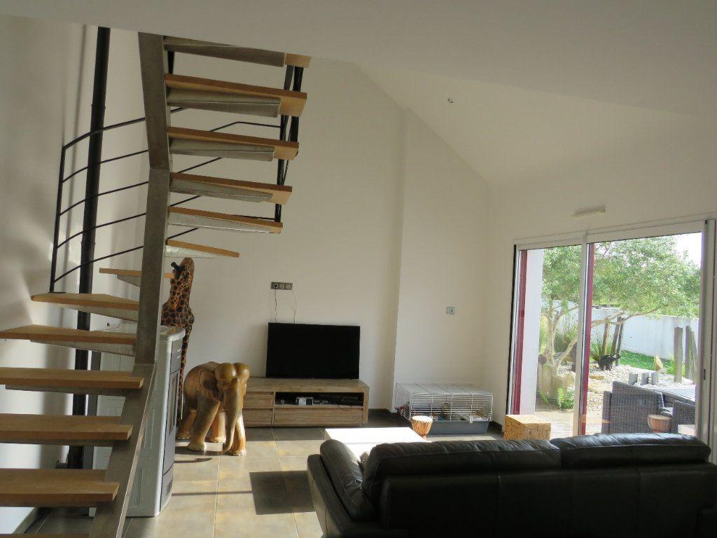 Maison à vendre 6 152.62m2 à Clohars-Fouesnant vignette-3