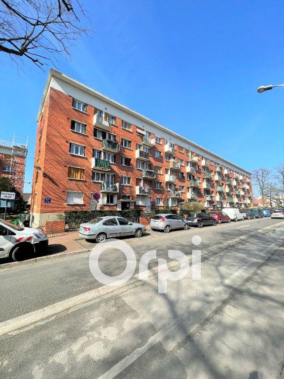 Appartement à vendre 2 45m2 à Livry-Gargan vignette-3