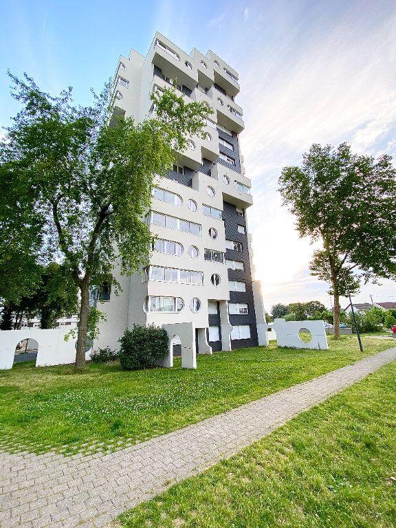 Appartement à vendre 3 67m2 à Sevran vignette-1
