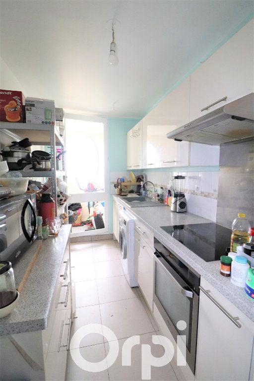 Appartement à vendre 3 67m2 à Sevran vignette-3