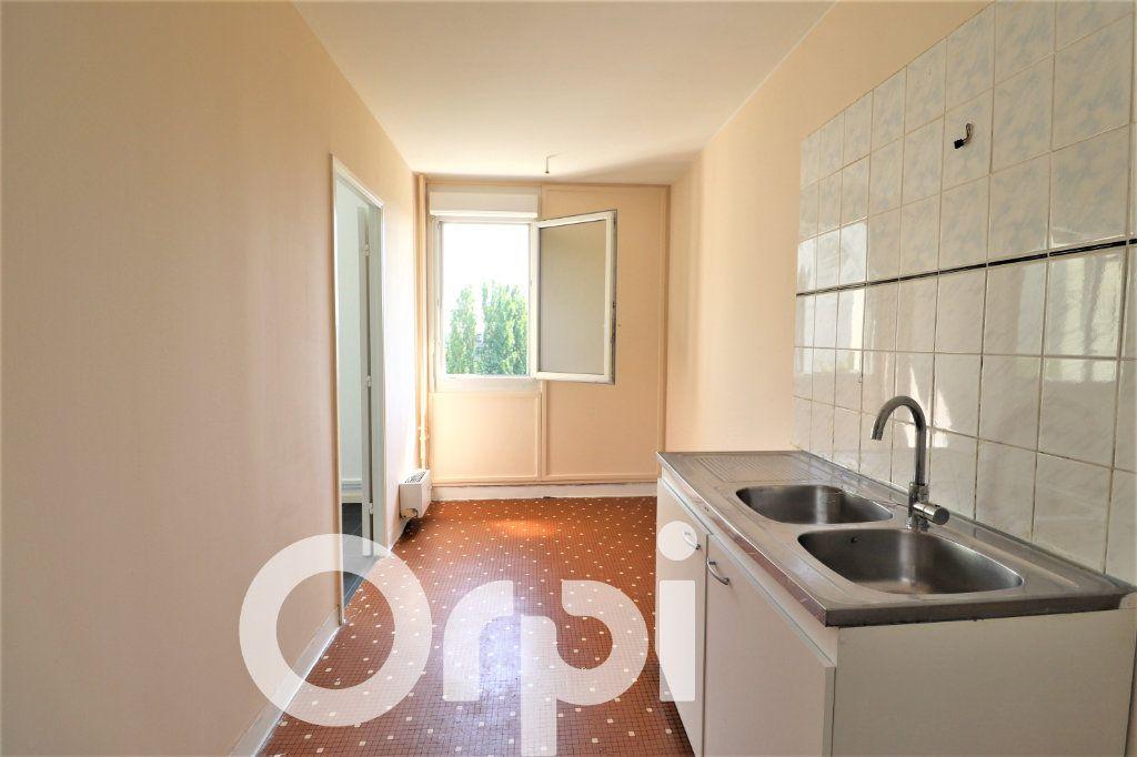 Appartement à louer 2 53.47m2 à Sevran vignette-2