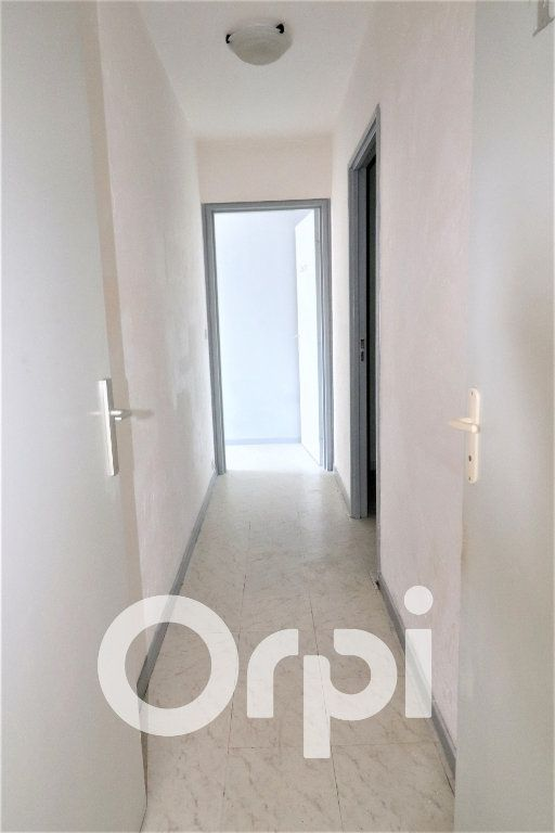 Appartement à louer 2 56.91m2 à Sevran vignette-4