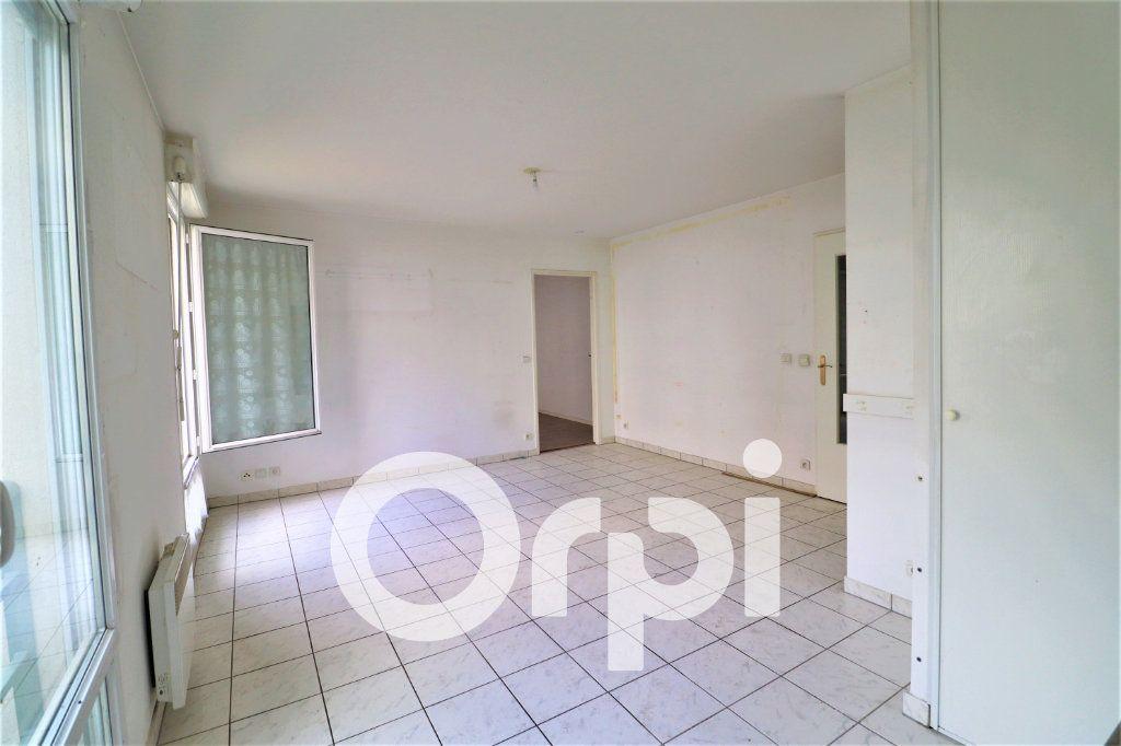Appartement à louer 2 44.54m2 à Sevran vignette-3