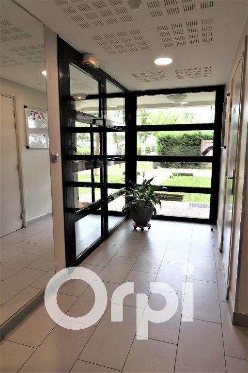 Appartement à louer 2 45.5m2 à Garges-lès-Gonesse vignette-2