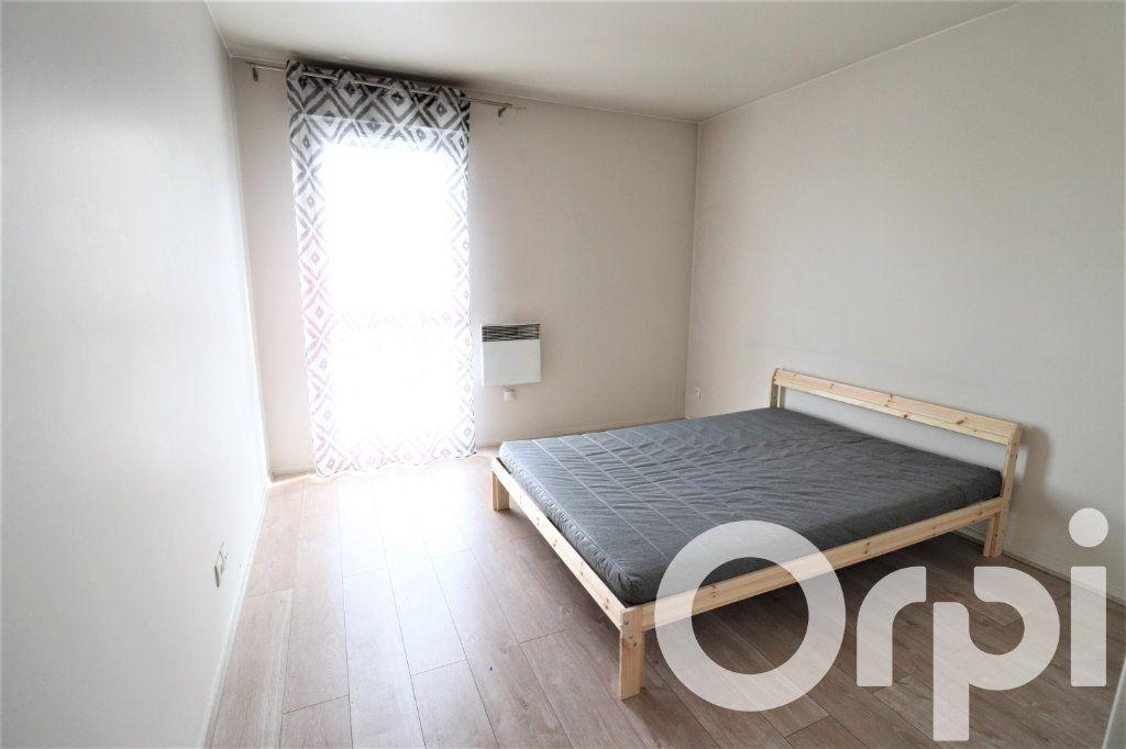 Appartement à louer 2 45.5m2 à Garges-lès-Gonesse vignette-5