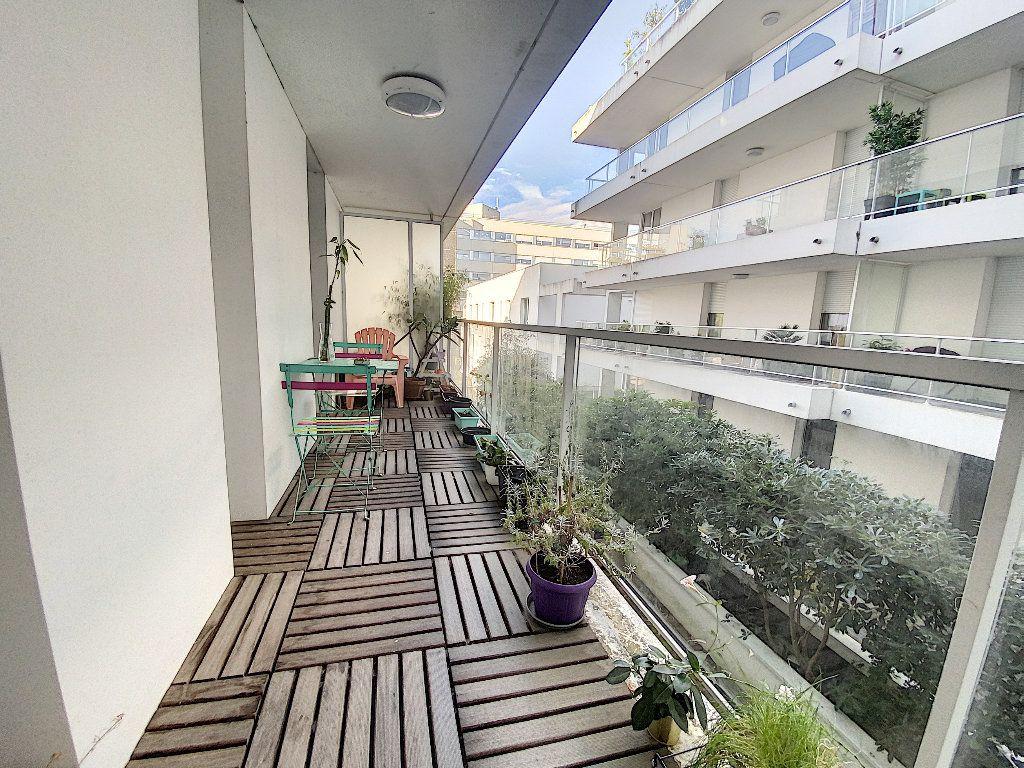 Appartement à vendre 2 41.01m2 à La Rochelle vignette-2