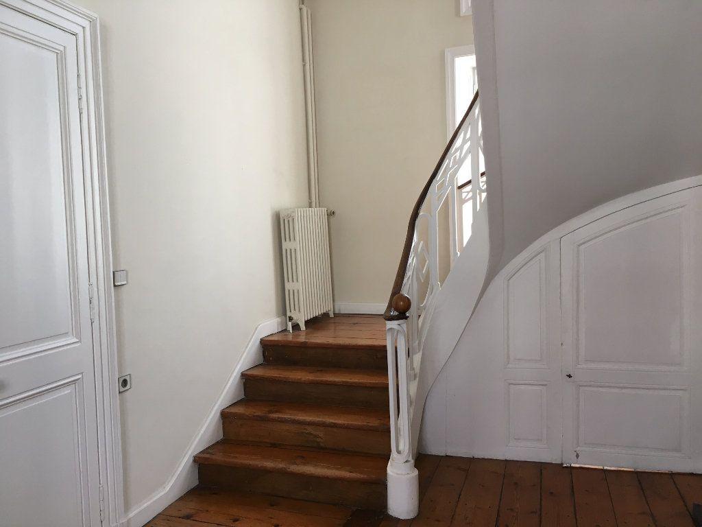 Appartement à vendre 2 53.7m2 à La Rochelle vignette-3