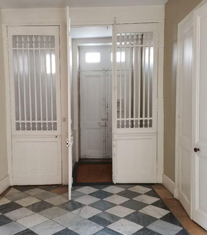 Appartement à vendre 2 53.7m2 à La Rochelle vignette-6