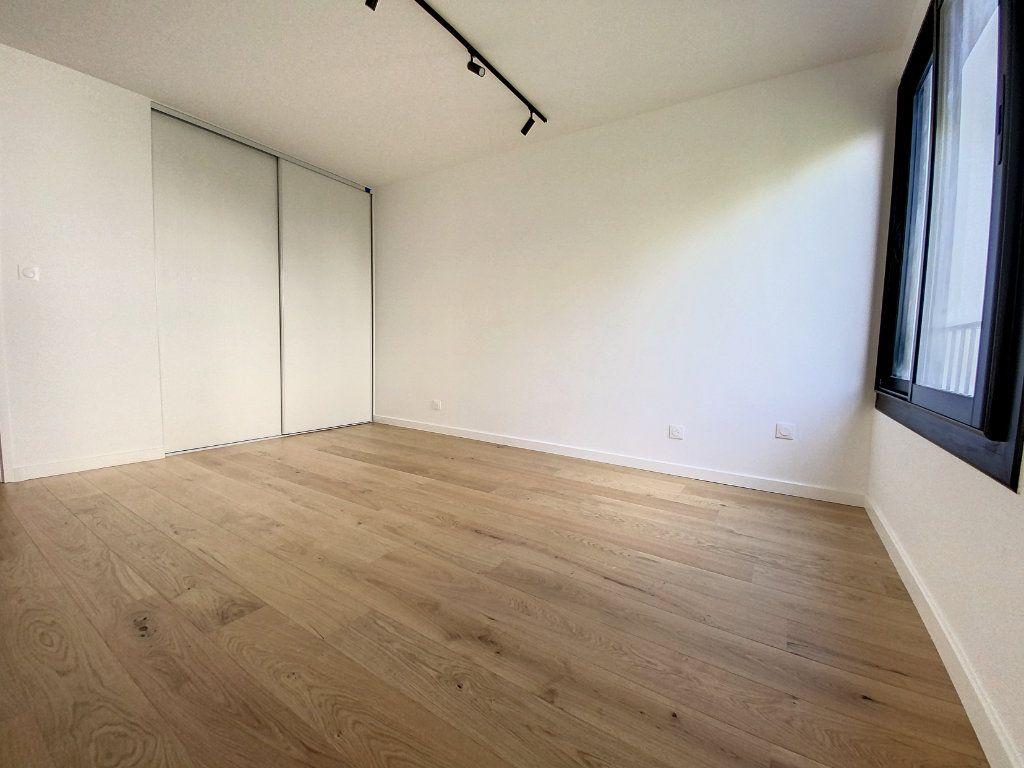 Appartement à vendre 4 93.95m2 à La Rochelle vignette-9