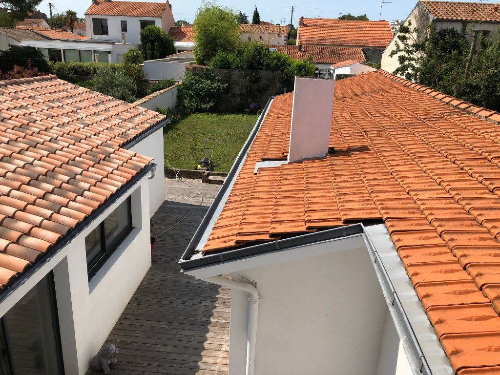 Maison à vendre 7 240m2 à La Rochelle vignette-9