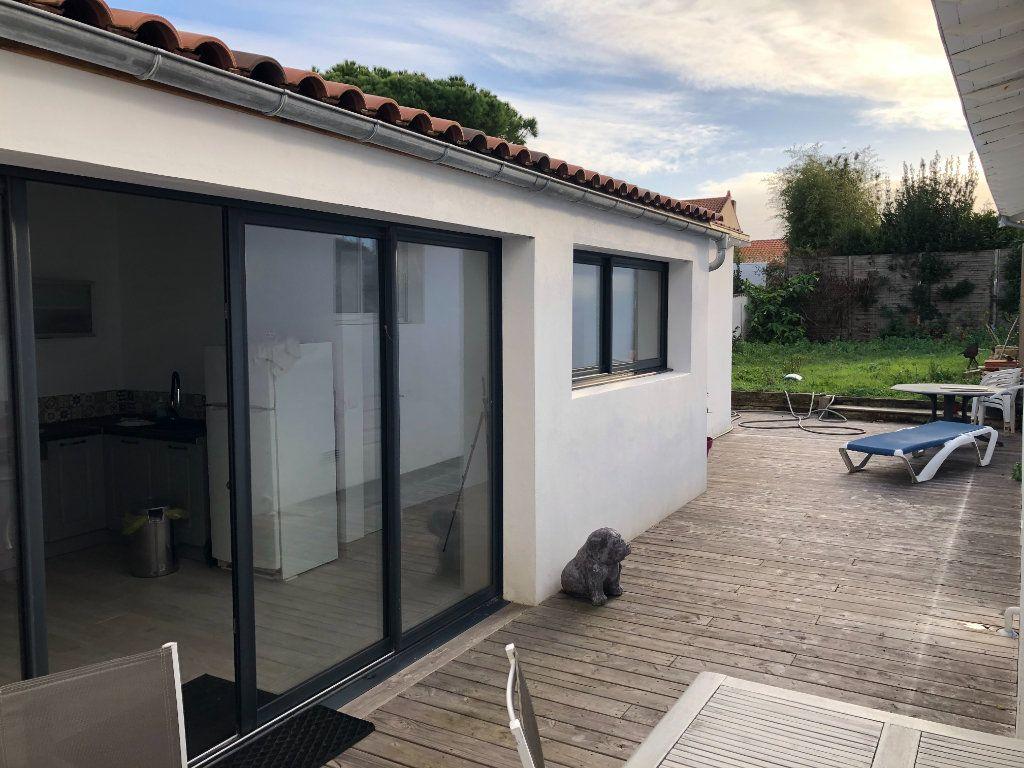 Maison à vendre 7 240m2 à La Rochelle vignette-14