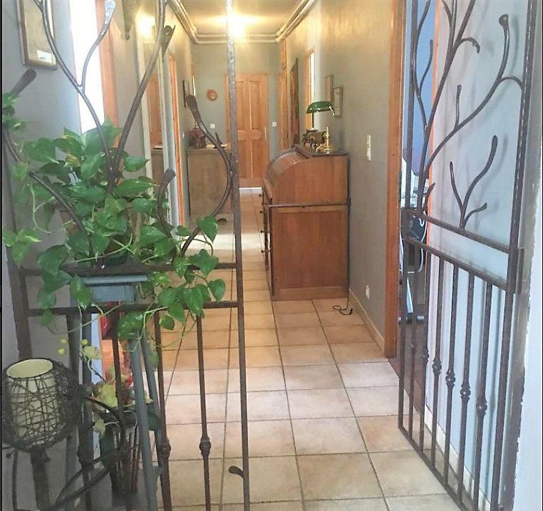 Appartement à vendre 5 126m2 à Laragne-Montéglin vignette-2