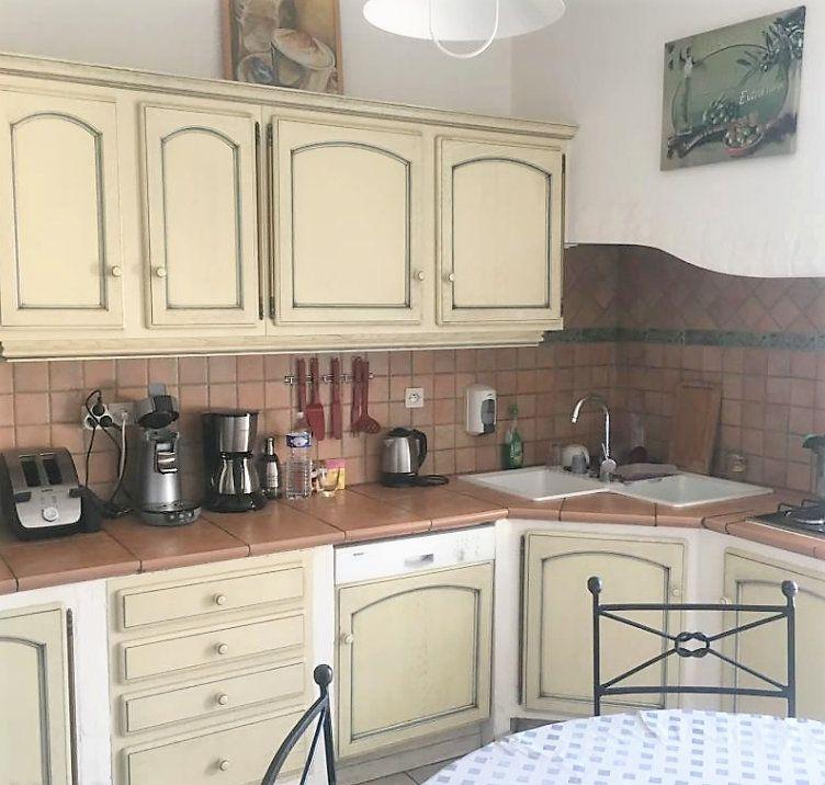 Appartement à vendre 5 126m2 à Laragne-Montéglin vignette-3